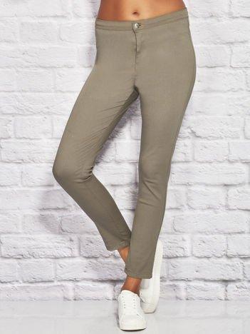 Gładkie spodnie materiałowe rurki khaki