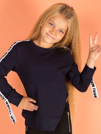 Granatowa asymetryczna bluza dziewczęca z taśmą