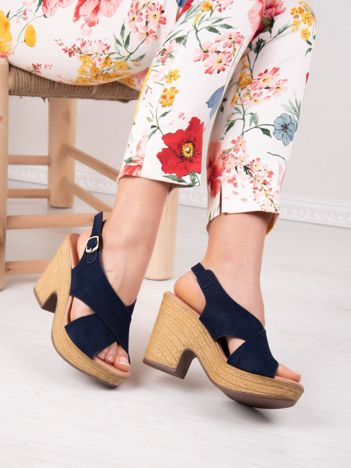 Granatowe półażurowe sandały ANESIA