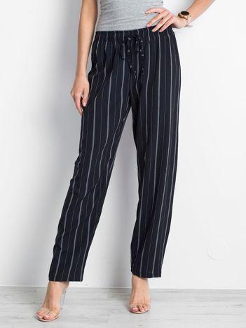 Granatowe spodnie Rediscover