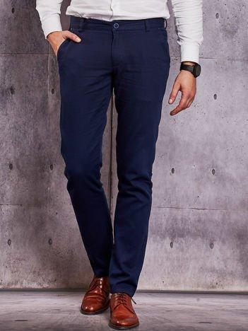 Granatowe spodnie męskie o delikatnej fakturze