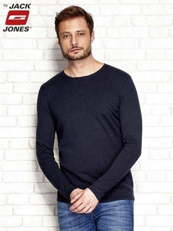 Granatowy sweter męski z łatami na łokciach