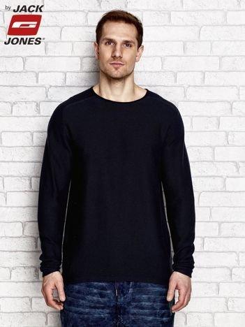 Granatowy sweter męski z okrągłym dekoltem