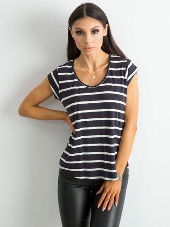 Granatowy t-shirt damski w paski