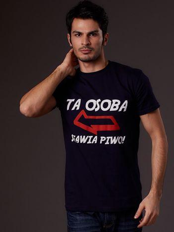 Granatowy t-shirt męski z zabawnym napisem