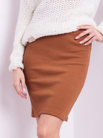 Jasnobrązowa mini spódnica ołówkowa w prążek