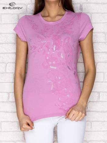 Jasnofioletowy t-shirt z motywem paisley