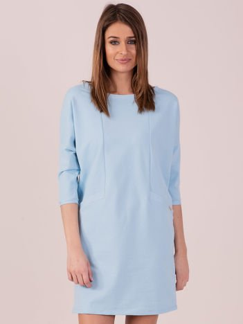 Jasnoniebieska dresowa sukienka z imitacją kieszeni