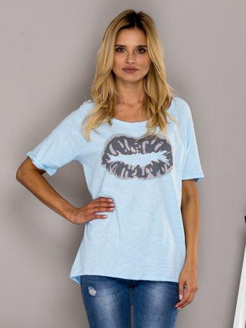 Jasnoniebieski t-shirt z nadrukiem ust