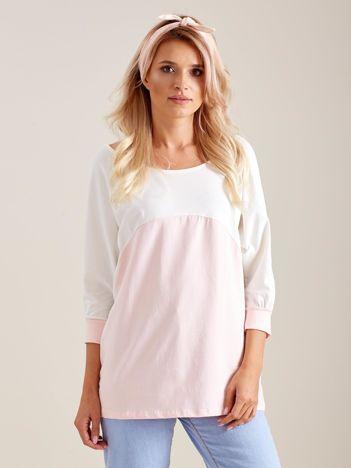 Jasnoróżowa bluzka oversize