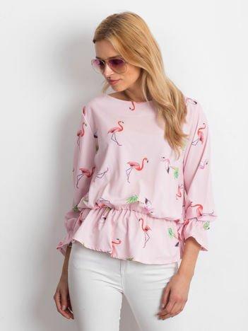 Jasnoróżowa bluzka w kolorowe flamingi