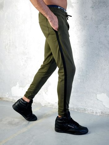Khaki spodnie dresowe męskie