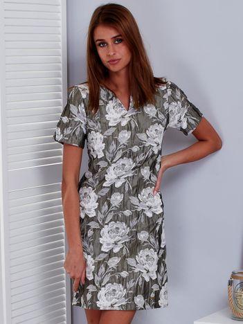 Khaki sukienka z marszczonego materiału w kwiaty