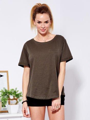 Khaki t-shirt basic z podwijanymi rękawami