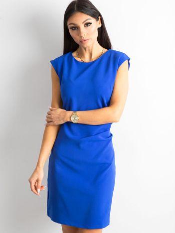 Kobaltowa sukienka damska z marszczeniem
