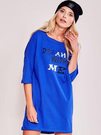 Kobaltowa sukienka dresowa z nadrukiem