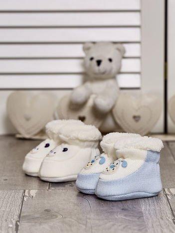 Komplet bucików dziecięcych z naszywkami ecru-jasnoniebieski