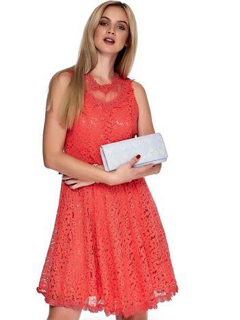 Koralowa sukienka z koronki z perełkami