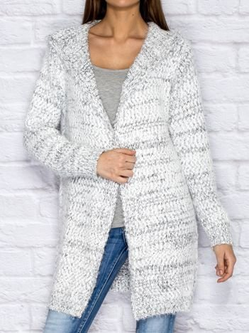 Melanżowy sweter z kapturem biało-szary