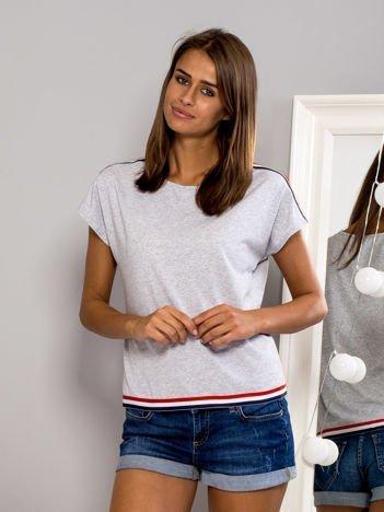Melanżowy t-shirt z kolorową lamówką szary