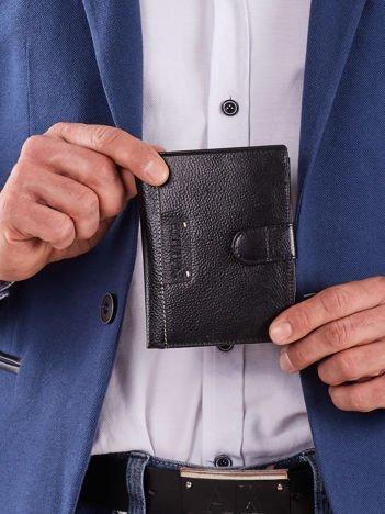 Męski czarny portfel z klapką
