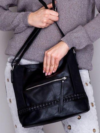 Miejska torebka damska z ozdobną plecionką czarna