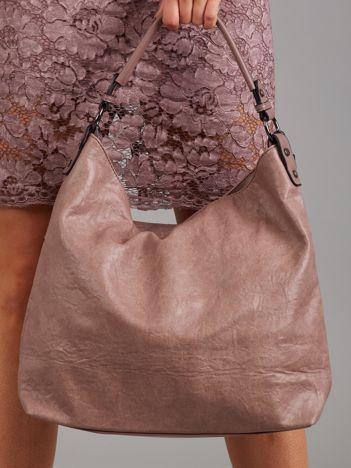 Miękka pudroworóżowa torba z odpinanym paskiem