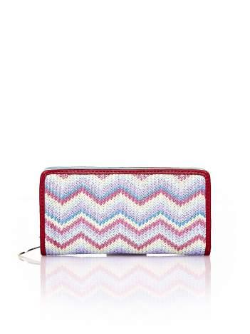 Miętowy pleciony portfel w geometryczne wzory