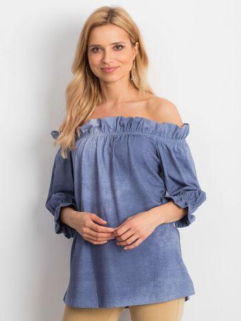 Niebieska bluzka hiszpanka z marszczeniami