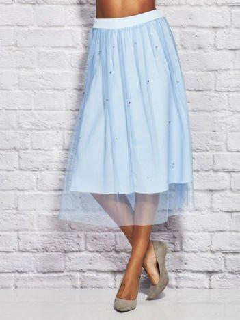 Niebieska tiulowa spódnica midi z perełkami