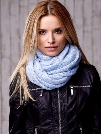 Niebieski ażurowy szalik