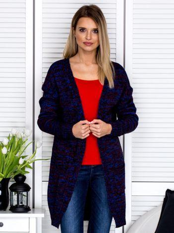 Niebieski sweter melange z kieszeniami