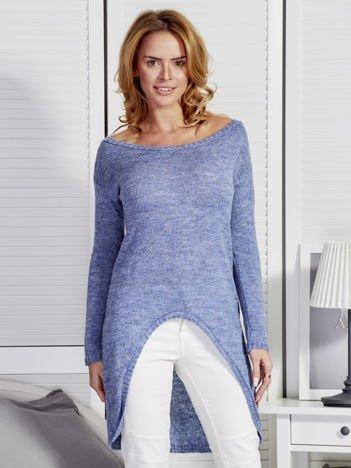 Niebieski sweter z dłuższym tyłem
