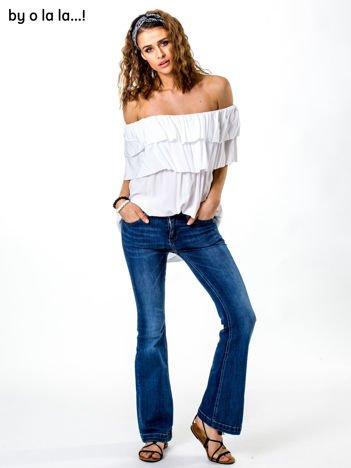 Niebieskie jeansy flare BY O LA LA