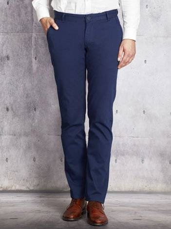 Niebieskie spodnie chinosy męskie