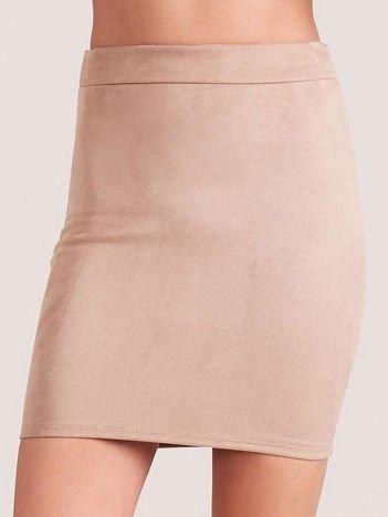 Ołówkowa spódnica z imitacji zamszu beżowa