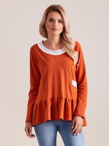 Pomarańczowa bluzka z baskinką