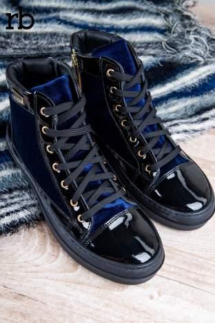 ROCCOBAROCCO granatowe welurowe sneakersy dual style z lakierowanymi wstawkami