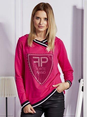 Różowa bluza z herbem z dżetów