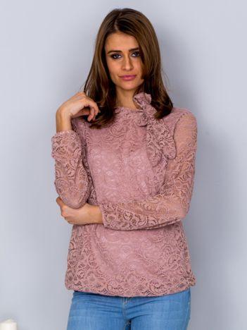 Różowa koronkowa bluzka z wiązaniem