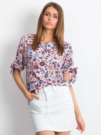 Różowa kwiatowa bluzka z wiązaniami na rękawach