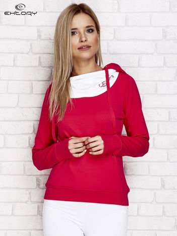 Różowo-biała bluza z kapturem i troczkami