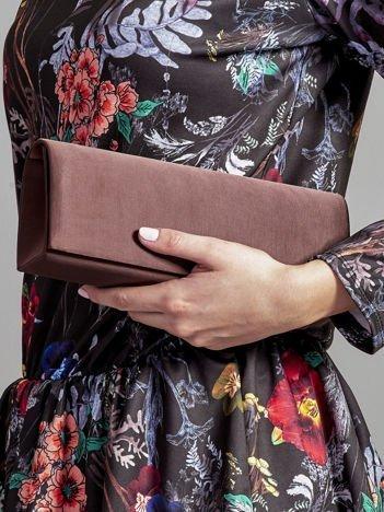 Satynowa gładka kopertówka z lusterkiem ciemnobrązowa