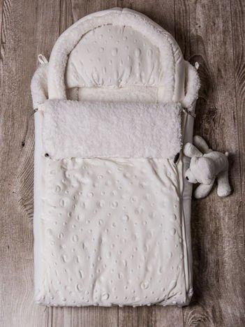 Śpiworek niemowlęcy do wózka lub  łóżeczka z poduszeczką ocieplany na futerku ecru
