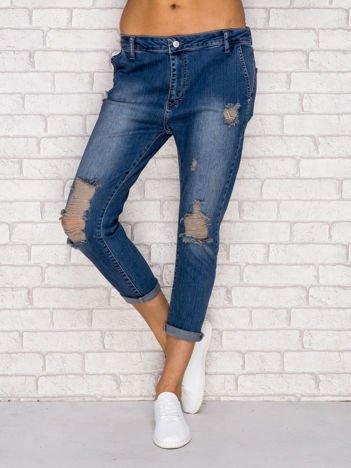Spodnie boyfriend jeans z przetarciami niebieskie