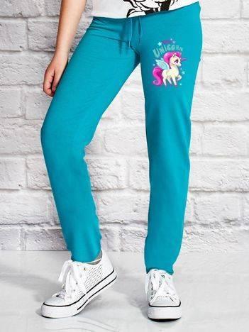 Spodnie dresowe dla dziewczynki z jednorożcem zielone