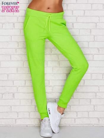 Spodnie dresowe gładkie fluo zielone