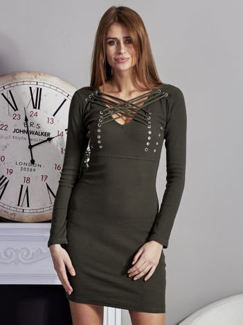 Sukienka V-neck w prążek ze sznurowaniem khaki