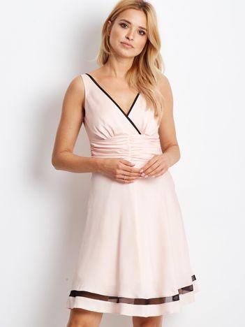 Sukienka łososiowa V-neck z siatkowym wykończeniem