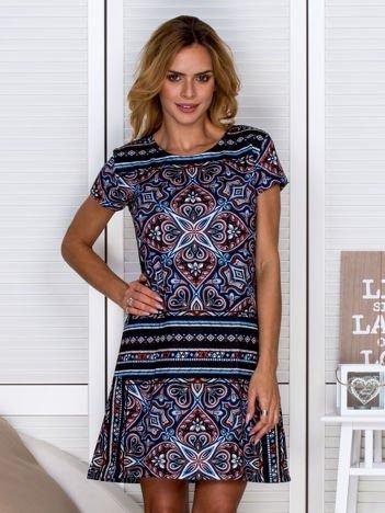 Sukienka z wzorzystym nadrukiem niebieska